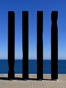 Les quatre barres de la senyera catalana, per Ricard Bofill, no es podran veure més a la Viquipèdia si s'aprova la reforma dels drets d'autor de la UE